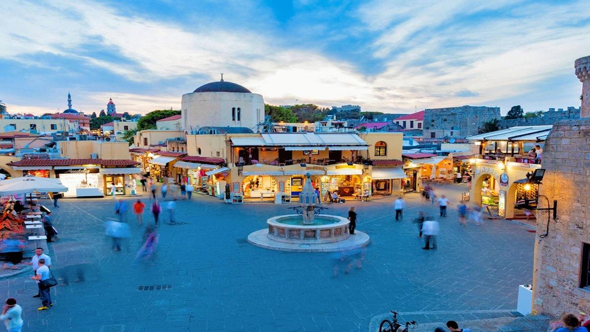 Rhodes-Island-rent-a-moto